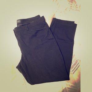 Black Skinny leg pant